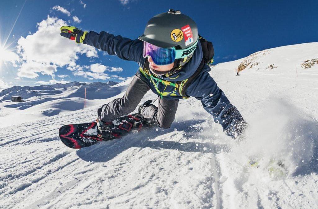 Jakie gogle narciarskie kupić? Wybieramy najlepsze gogle na narty