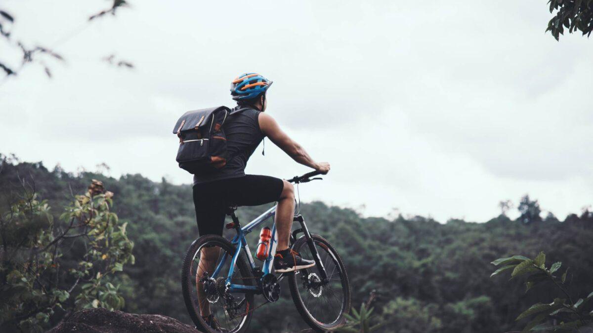 Rower górski – jaki rower górski kupić? Na co zwrócić uwagę?
